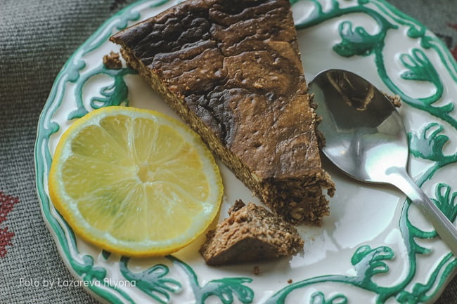 Полезный шоколадный пирог