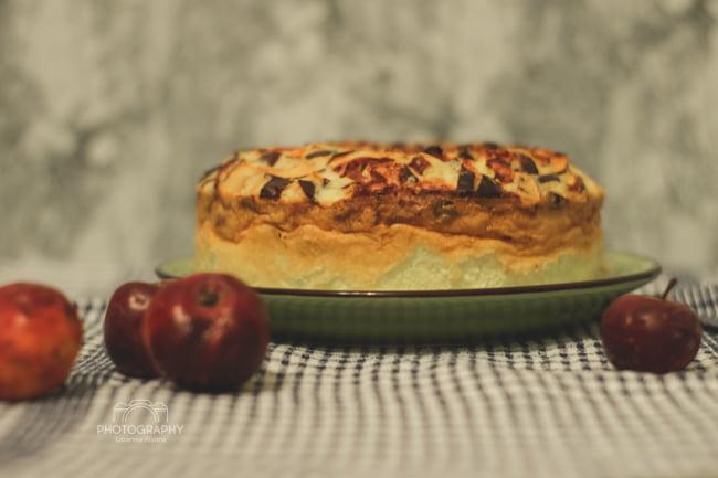 Мини-рецепт: творожная запеканка с яблоками