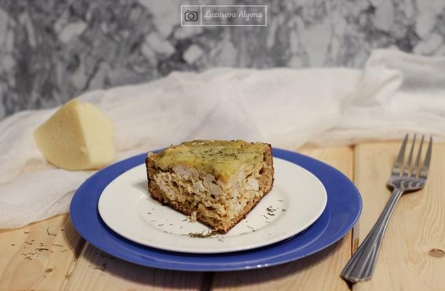 Несладкий диетический пирог с курицей и капустой