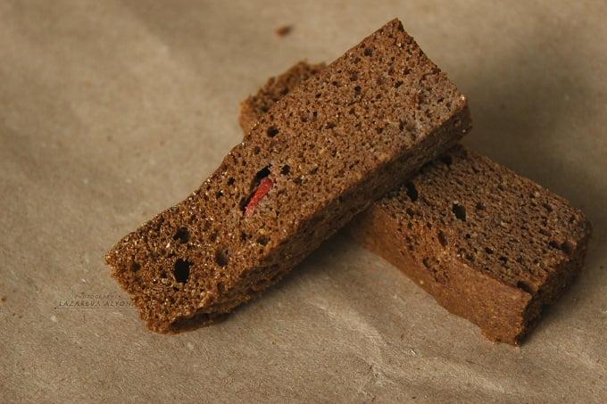 Шоколадный бисквит для тортов и пирожных
