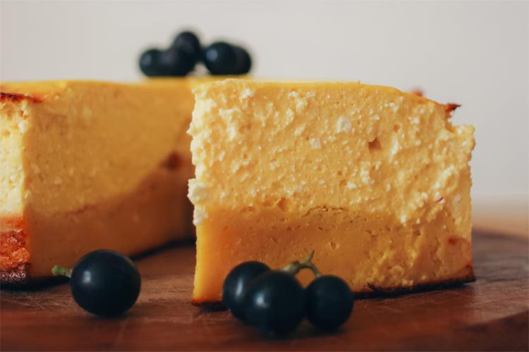Диетический манговый чизкейк